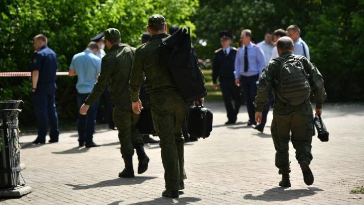 Стало известно, в каком состоянии находится мужчина, напавший на людей у вокзала в Екатеринбурге