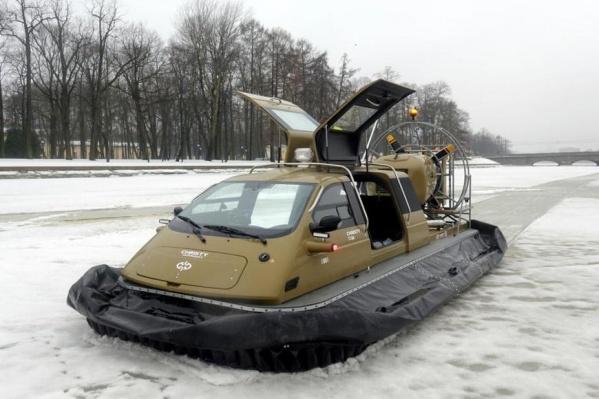 """Спасатели шли к рыбакам со скоростью <nobr class=""""_"""">15 км/ч</nobr> из-за пурги"""