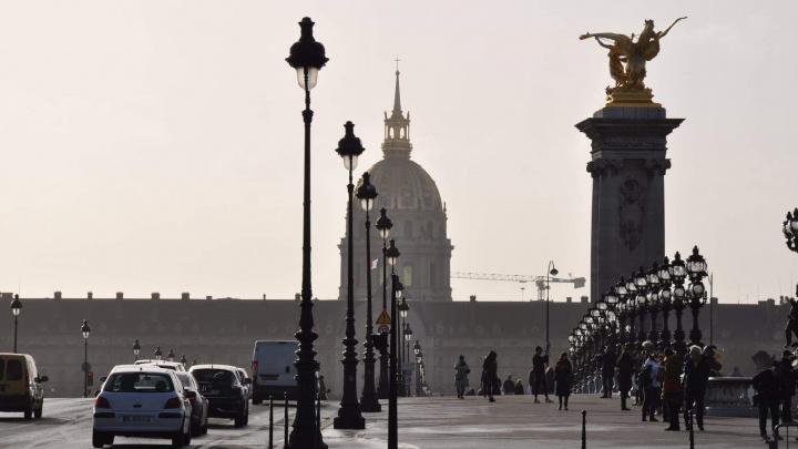 «Толерантность, взаимное уважение— лишь красивые слова»: уральский криминолог— о жизни Парижа