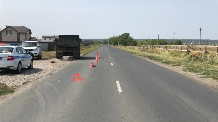 В Самарской области пешеход погиб под колесами КАМАЗа