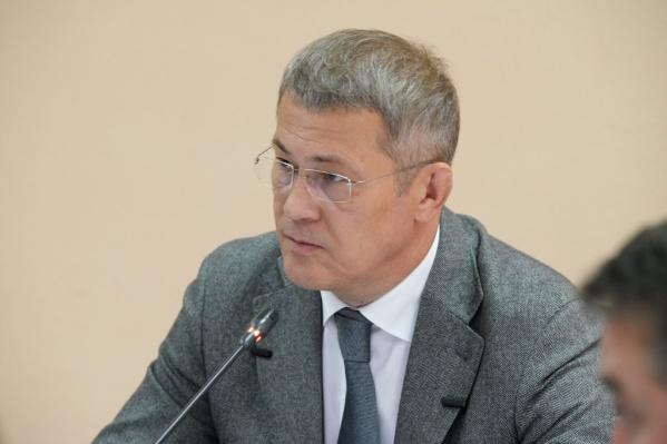 Глава дал поручение министру образования и Совету безопасности республики