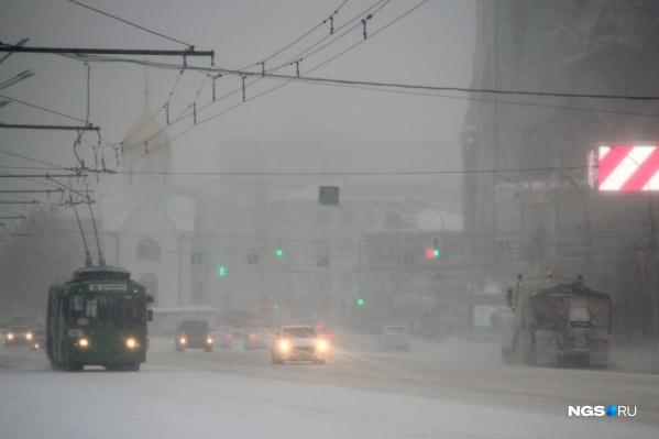 Укомплектованность парка спецтехники для уборки снега составляет 36%