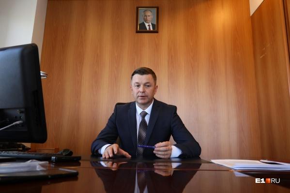 Мы поговорили с министром транспорта Свердловской области Василием Старковым