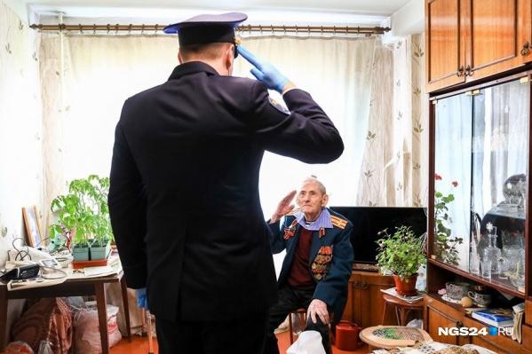 В России, по данным ПФР, осталось чуть больше 33 тысяч участников и инвалидов Великой Отечественной войны