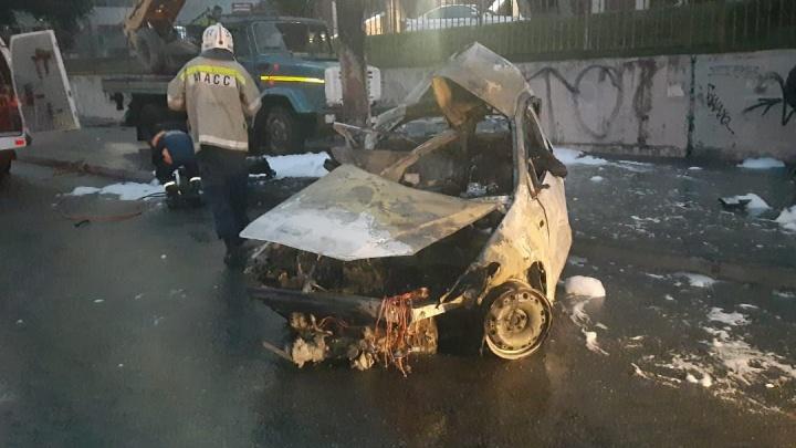 «На тормоза не пытались нажимать»: появились подробности ДТП, в котором сгорели три человека