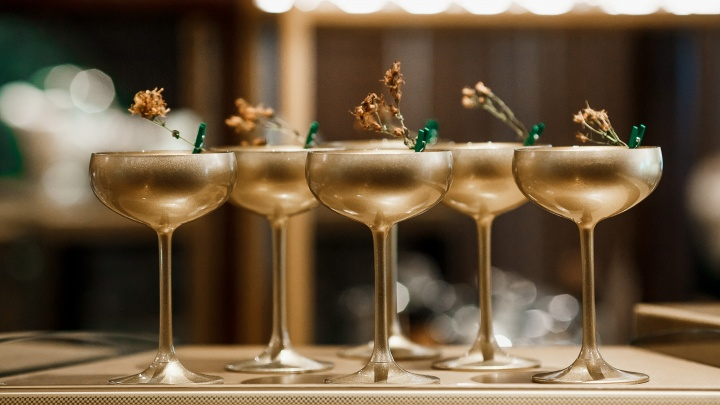 Праздник по-уральски: в ресторане «Зверобой» гостей ждут подарки на 23 Февраля и 8 Марта