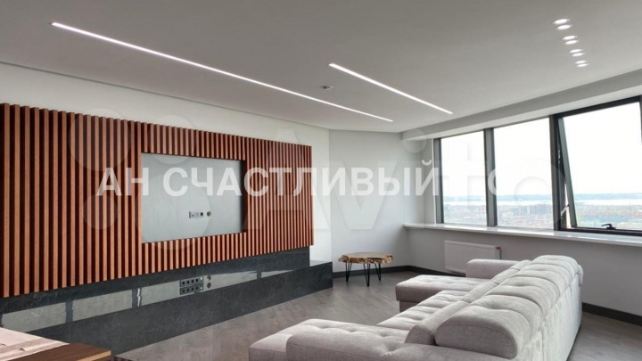 В Казани продают «трешку» с панорамным видом за 50 млн. Показываем, за что просят такие деньги