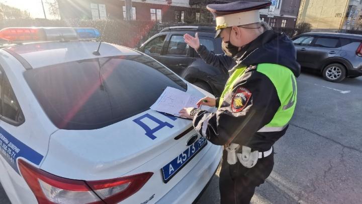 Автомобилиста без ОСАГО обвинили в неповиновении полицейскому и отправили под суд