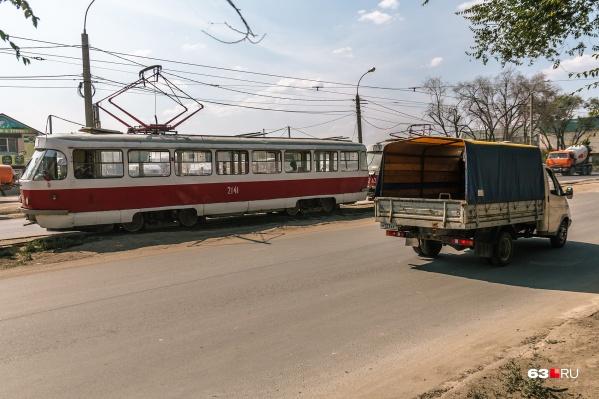 Трамваи пустят в объезд перекрытого участка