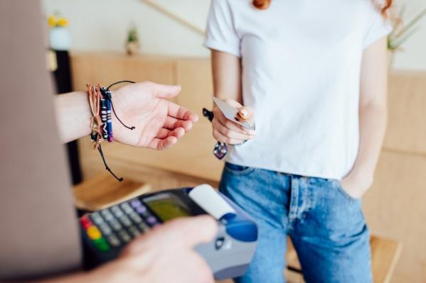 Разобрали пять причин, почему кредитки снова набирают популярность