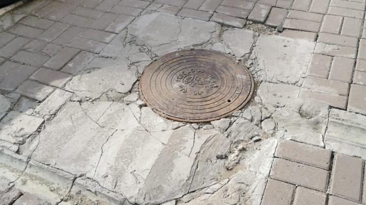 Бермудский колодец благоустройства: колонка о плачевном состоянии канализационных люков