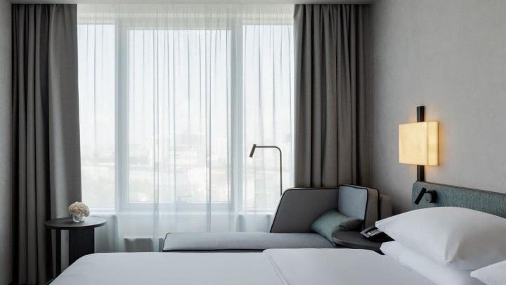 В Екатеринбурге открылся новый отель «Хаятт». Сколько стоит в нем переночевать?