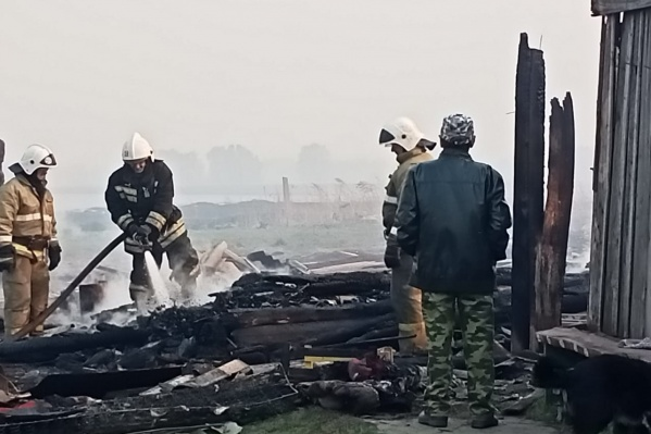 Всего сгорели 25 строений