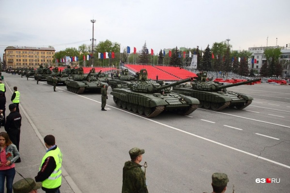 """По площади Куйбышева пройдет вся техника, которая будет участвовать в параде <nobr class=""""_"""">9 Мая</nobr>"""
