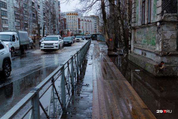 Воды не было в Соломбальском, Маймаксанском и Октябрьском округах, в Ломоносовском округе понизили давление