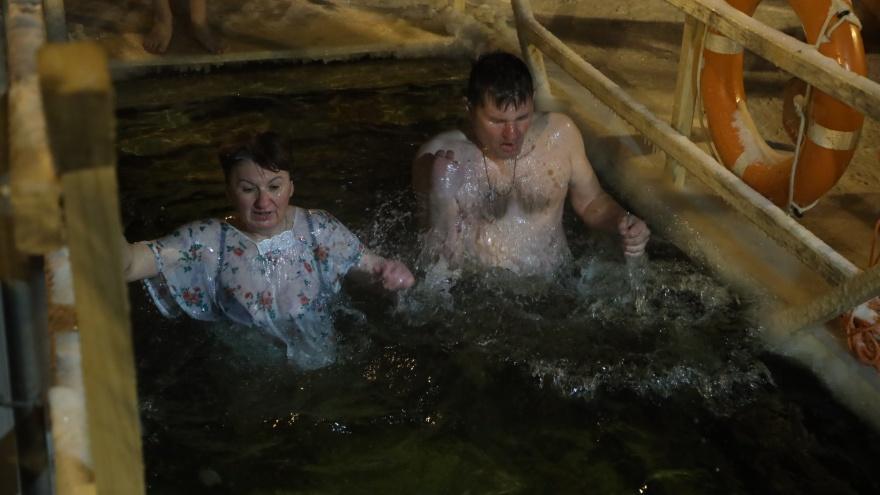 «Идем к воде во имя добра и света»: как самарцы покорили крещенскую купель