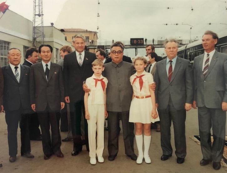 Встреча президента КНДР Ким Ир Сена на железнодорожном вокзале, 1984 год