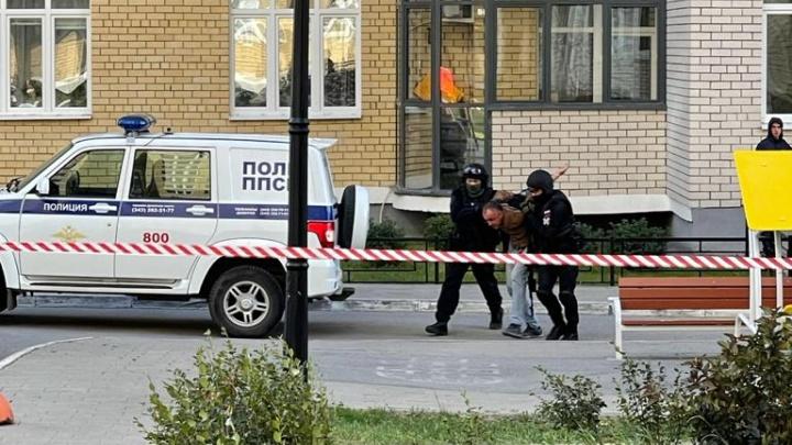 Силовики оцепили двор: в МВД рассказали, что ЧП на Союзной началось с бытового конфликта