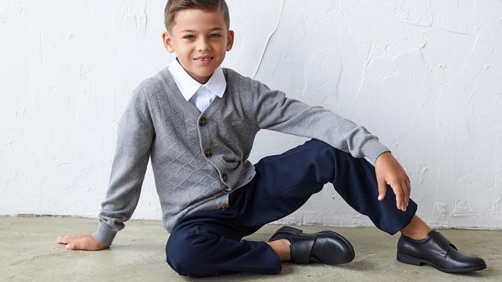 Скоро в школу: где найти обувь для детей и взрослых от 799 рублей