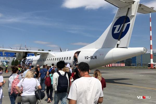 С ростом цен на перелет снизилась и загрузка рейсов