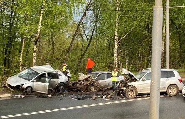«Лежал на боку и хрипел»: появились подробности жесткого ДТП в Ярославле