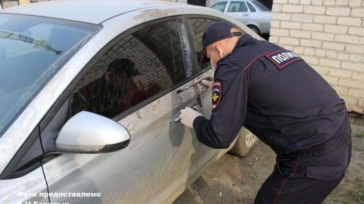 В Свердловской области назначили наказание пассажиру такси, который пытался убить женщину-водителя