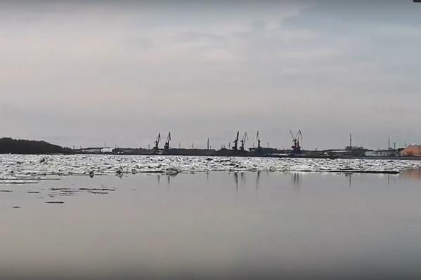 Ледоход в Нижневартовск пришел ночью
