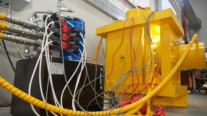 Самарцы сконструировали Monster machine: она исследует землю на глубине 3000 и более метров