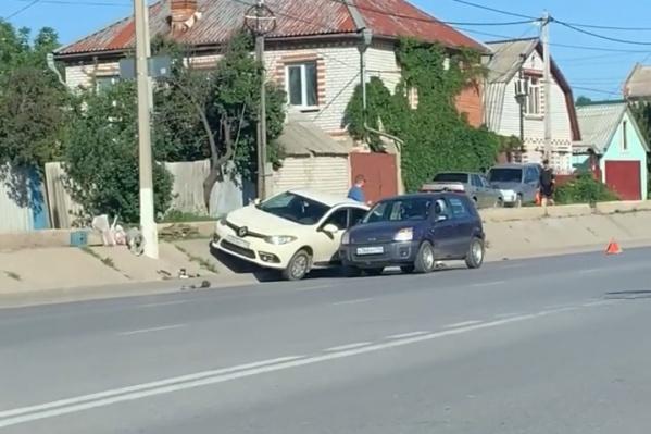 Авария произошла на улице Карбышева