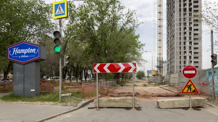 Объезжайте по встречной: в Волгограде на месяц сузят улицу Профсоюзную