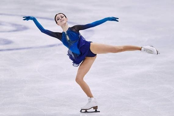 В Красноярск прилетела чемпионка мира по фигурному катанию на коньках Анна Щербакова