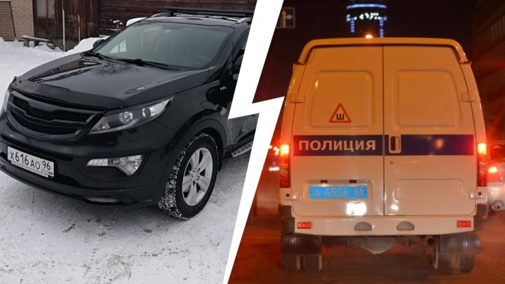 «Исчезла и машина, и сотрудник»: в Екатеринбурге со стоянки автосервиса угнали автомобиль