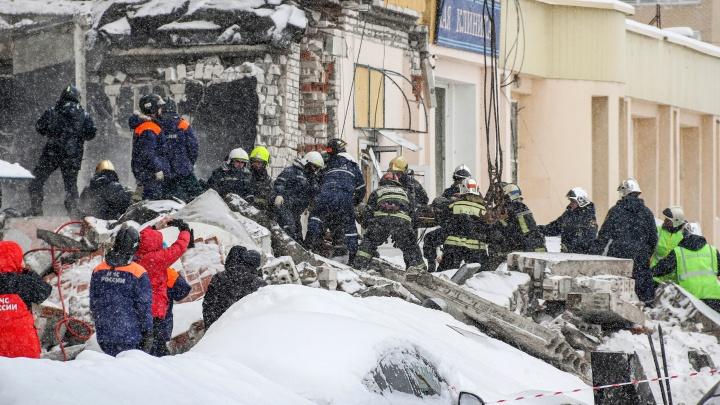 Стало известно, что под завалами дома на Мещерском бульваре больше нет пострадавших