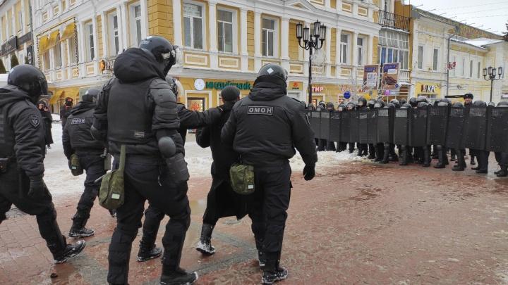 ОМОН перекрыл улицу Большую Покровскую, несколько нижегородцев задержаны