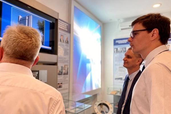 Исполнительный директор Гремячинского горно-обогатительного комбината Евгений Сахаров с ответным визитом посетил технический университет
