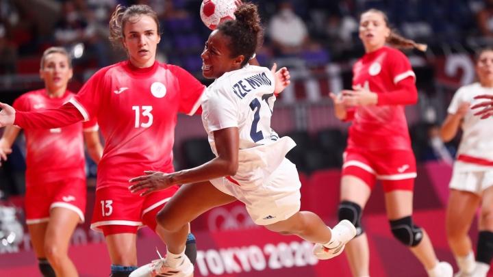 Семь гандболисток «Ростов-Дона» завоевали серебро на Олимпиаде в Токио
