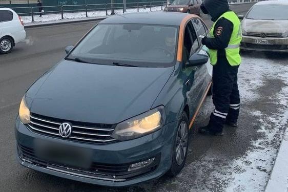 Полицейские будут активнее проверять права и состояние водителей каршеринга