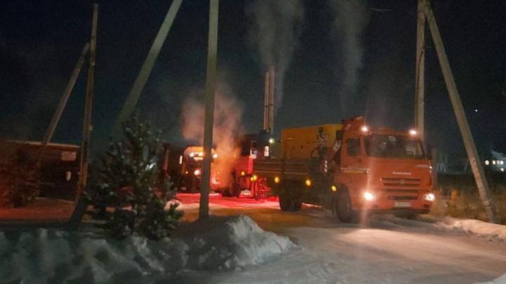 В ЕЭСК объяснили, почему жители коттеджного поселка в Екатеринбурге остались без отопления