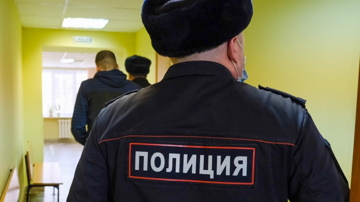 В Краснодаре следователю полиции грозит до 15 лет колонии за взятку 3 миллиона рублей