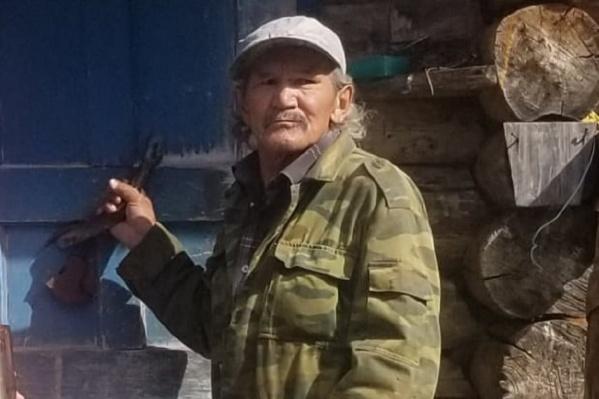 Алексей Бахтияров — представитель коренного народа манси. Он работает на дальнем кордоне заповедника «Вишерский»