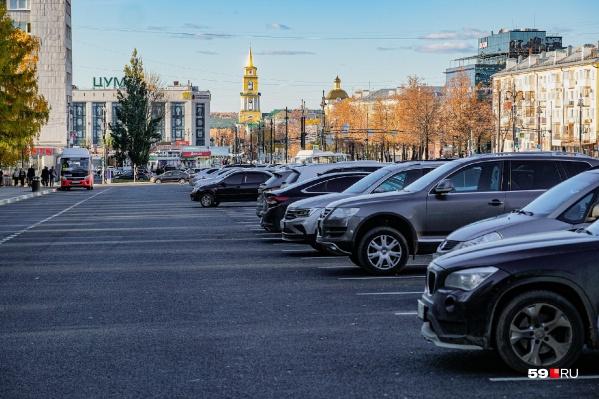 По подсчетам активистов из-за ненадлежащего контроля за оплатой парковок бюджет недополучает по 10,5 миллиона ежегодно