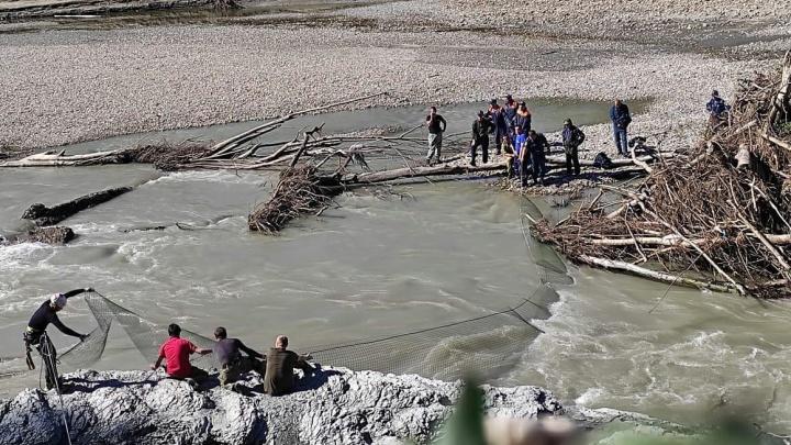 В Апшеронске разыскивают двух мальчиков, которые пропали возле реки