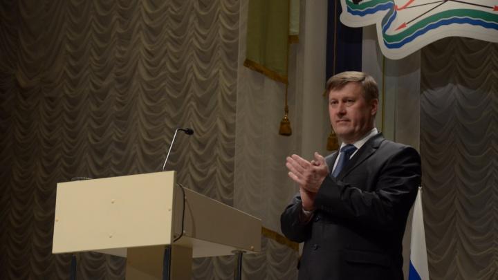 «На нашем болоте начнется движуха»: как люди радовались победе Анатолия Локтя на выборах мэра в 2014 году