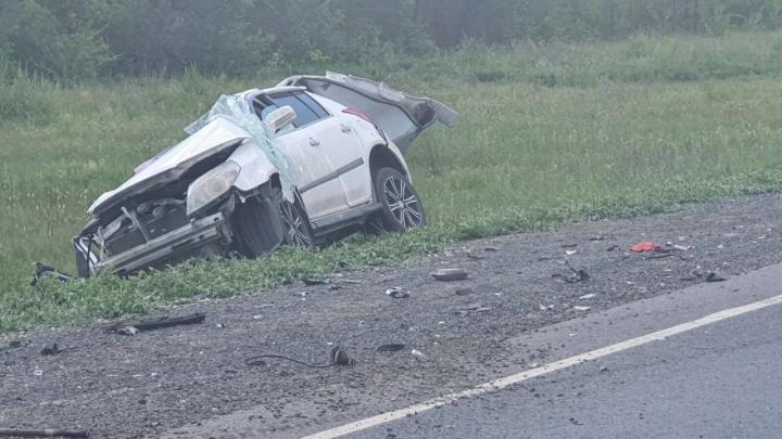«Как кулаком ударили»: в ДТП на трассе в Самарской области погиб человек