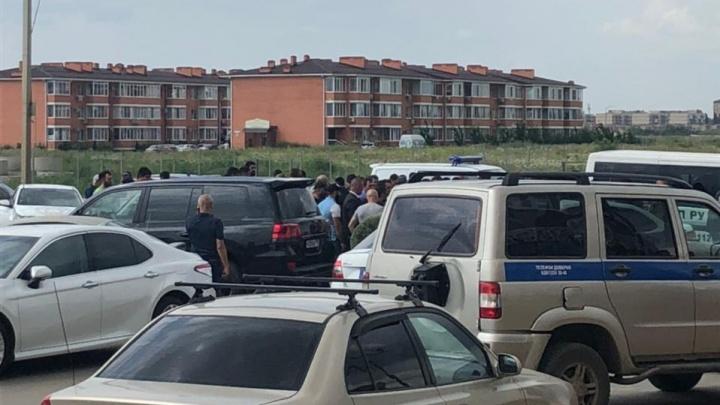 В Краснодаре человек погиб в результате конфликта уроженцев двух республик — очевидцы