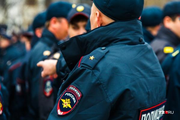 Полицейским пришлось ехать за парнем в соседний город
