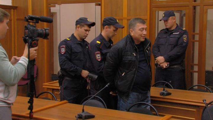 Челябинский бизнесмен, осужденный за бойню на рок-фестивале «Торнадо», добился досрочного освобождения