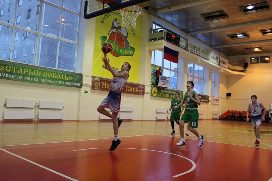 Баскетбольная школа имени Канделя занимала здание на Фестивальной с 2011 года