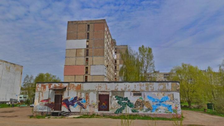 «Провез на капоте, а потом переехал»: в Ярославле пьяный водитель насмерть сбил девушку