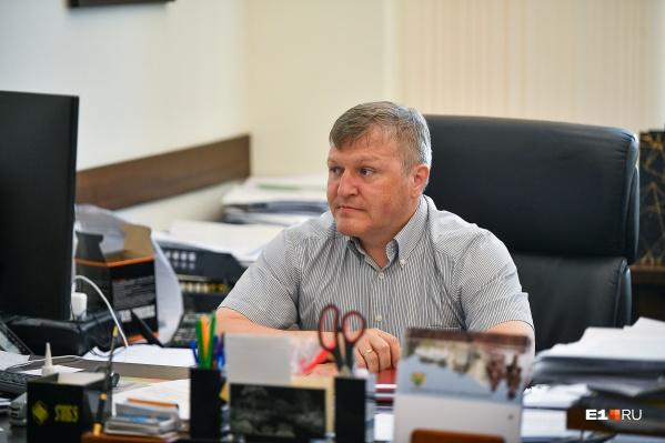 Поговорили с Алексеем Бубновым о смене нумерации, бескондукторной оплате и других транспортных проблемах мегаполиса